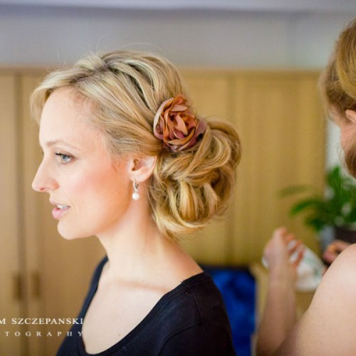 03_low_soft_textured_wedding_bun_london_pam_wrigley