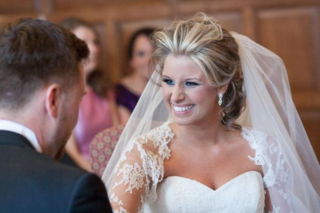 Wedding Hair Styles For Medium Length Hair