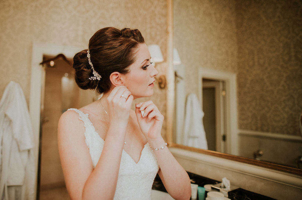 autumn wedding makeup and hair by bridal hairstylist wedding makeup artist Pam Wrigley London kensington hotel smoky make-up