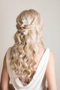bridal hairstyle hair up braids wedding summer wedding